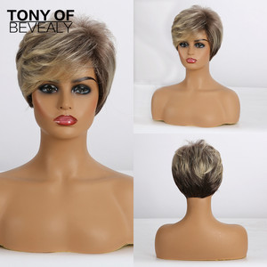 Pelucas cortas rectas marrones con reflejos rubios pelucas sintéticas con flequillo lateral para mujeres negras pelucas de pelo Natural para Cosplay