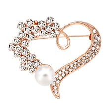 Simulated-pearl Brooch for Women Accessories Heart Brooches Pins Badges for Clothes Vintage Brooch Badges on Backpack Jewelry simulated pearl brooch pins metal pins for clothes vintage women s brooch for clothes crystal brooches for women jewelry luxury