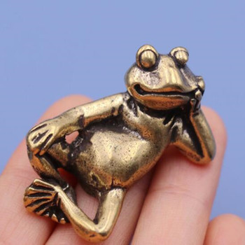 Mini Retro LUCKY Brass Animal Frog Statue Ornament Cute Home Office Desk Exquisite Decorative Sculpture Pocket Hand Toy Gift