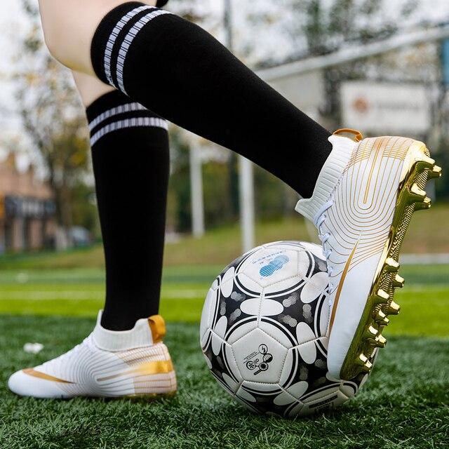 Футбольные бутсы с шипами 6