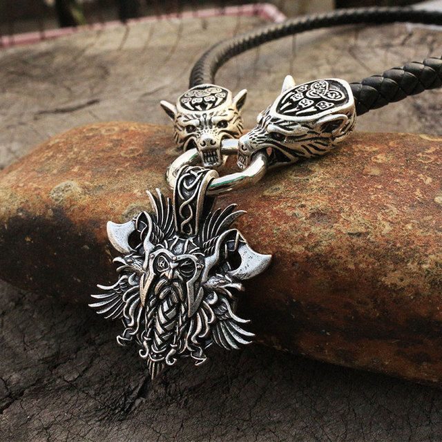 Collier homme viking tête de loup avec marteau de thor mjolnir  4