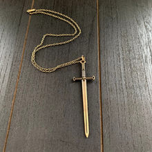 Collier avec épée en Bronze pour hommes et femmes, pendentif, Katana, bijoux fantaisie, style gothique