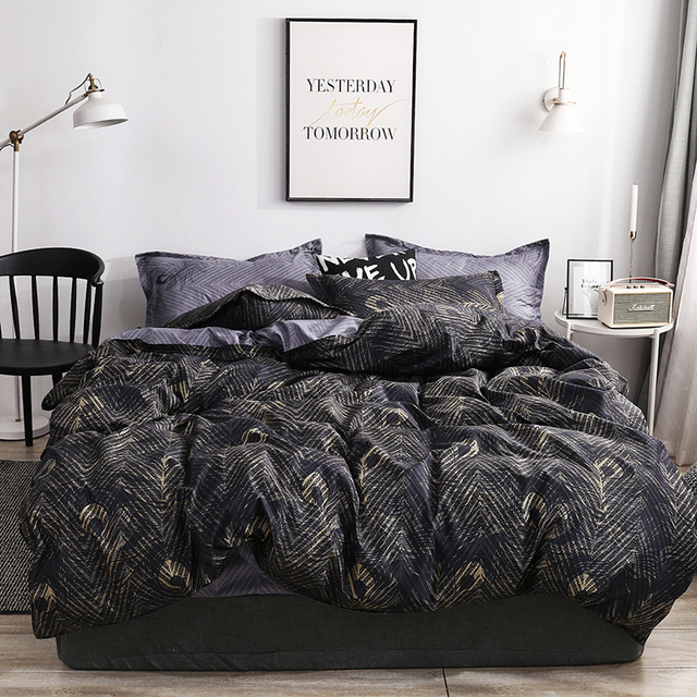 Duvet Cover And Pillow Case Black and Gold
