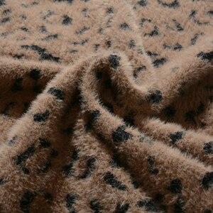 Image 5 - Kış sıcak ve seksi kaşmir leopar örme orta kalem etekler sonbahar geri bölünmüş streç tüp buzağı uzun etekler haki bej