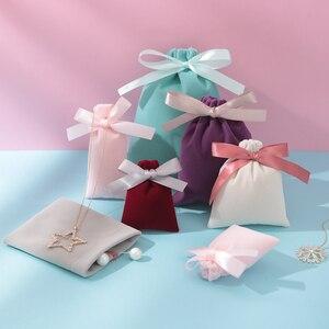 Image 5 - 50Pcs 7cm x 9cm Schmuck Samt Taschen Mit Band Flanell Beutel Hochzeit Süßigkeiten Geschenk Verpackung Weihnachten Dekoration kann Individuelles Logo