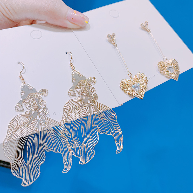 Chinese Style Personality Vintage Goldfish Metal Rhinestones Love Dangle Earrings Fashion Temperament Ladies Jewelry Accessories 5