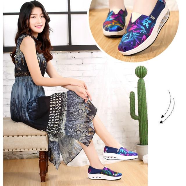 Femmes hauteur augmentant 5cm toile chaussures haute qualité Slip-on plate-forme chaussures femme compensées baskets formateurs dames Espadrilles