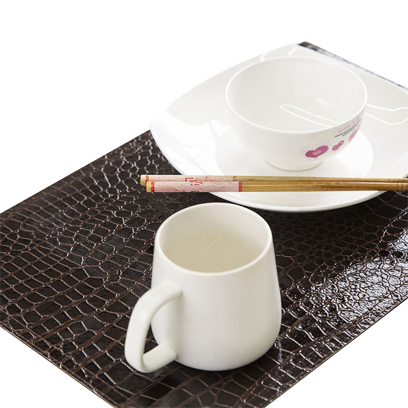 4 PCS Table Mat European Placemat PU Leather Crocodile Pattern Insulation Pad Decorative Coffee Coasters Tableware Kitchen Tool