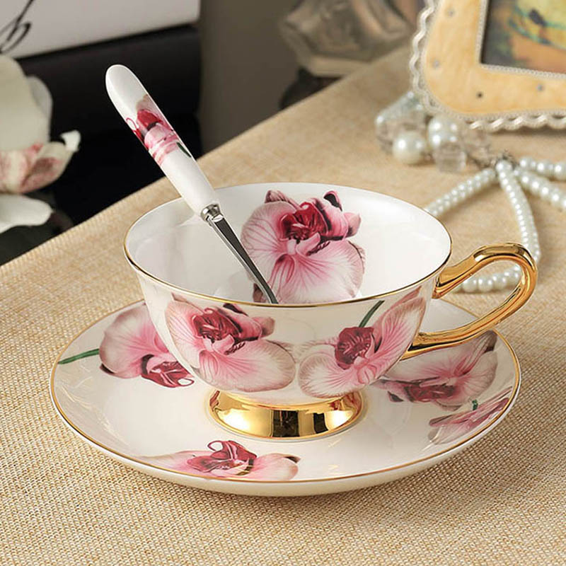 YeFine Bone Porcelain Tea Cups Set High Grade Ceramic Cups And Saucers For Coffee 200ML Drinkware Set