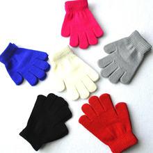 Однотонные теплые перчатки с пальцами для учеников 6 12 лет