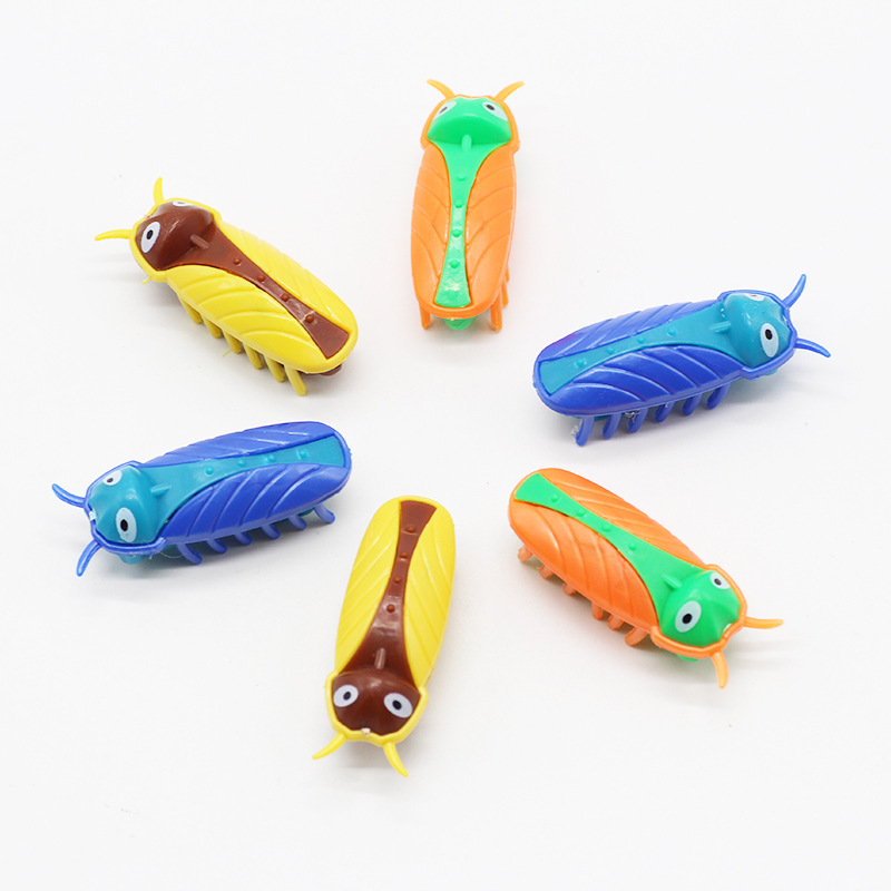 Hot Selling Model Beetle Electronic Vibration Reptiles Toy Insect Pet Cockroaches Spoof Tricky Blame