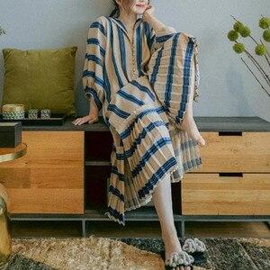 Женское длинное платье-рубашка в полоску, свободное однобортное плиссированное платье средней длины в стиле пэчворк с v-образным вырезом и ...