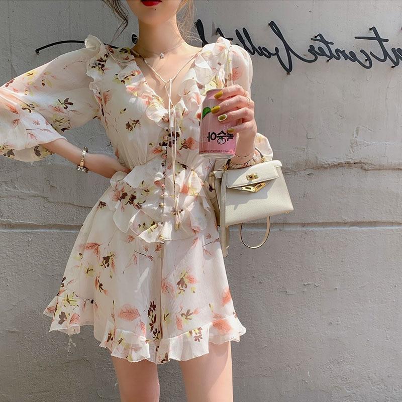 Chiffon Floral Print Ruffles Summer Jumpsuits Rompers Women Elegant Casual Lace Up Sweet Buttons Deep V Neck Boho Short Jumpsuit