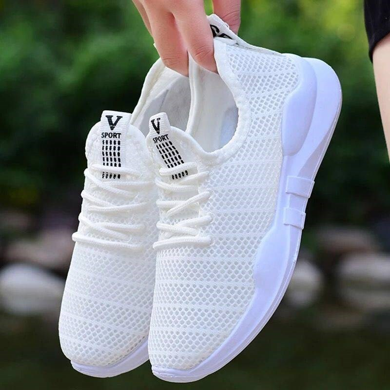 2020 Hot Sale Women Tennis Shoes Chunky Height Increasing Thick Bottom Sneakers Gym Female Sport Walking Trainers Tenis Feminino