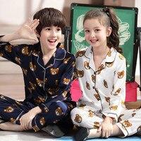 Пижамы для маленьких мальчиков и девочек; топы с длинными рукавами и принтом медведя из мультфильма; штаны; одежда для сна на пуговицах; осен...