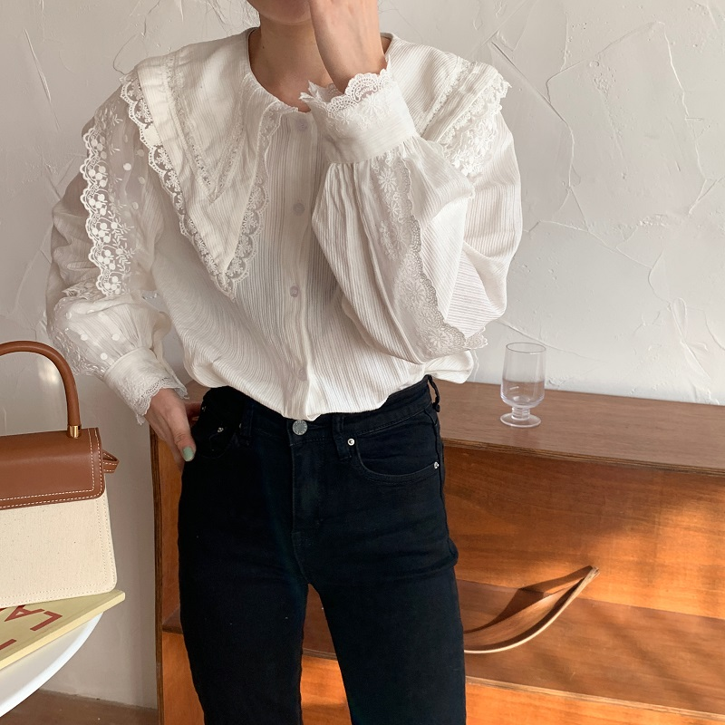 H4be2bf73dd664015842d6565755cc496D - Spring / Autumn Korean Butterfly Collar Lantern Sleeves Lace Blouse