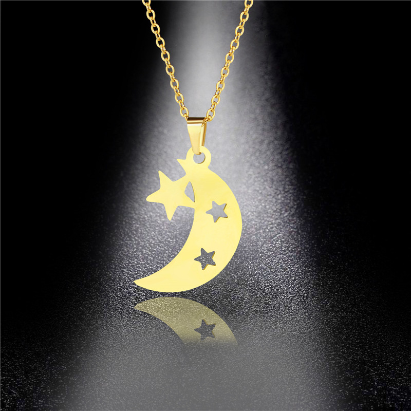 New Product Star Moon Necklace Female Fashion Five-pointed Star Necklace European and American Foreign Trade Jewelry