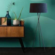 Скандинавский вертикальный художественный прикроватный светильник для спальни гостиной современный простой торшер Креативный тканевый диван трехногий торшер