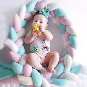 Image 5 - Parachoques de cama de bebé de 200cm, nudo de cuatro capas hecho a mano, Largo anudado tejido trenzado, Protector de cuna de bebé, almohada de nudo infantil, decoración de habitación