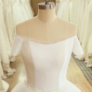 Image 4 - SL 5054 Princess Sample Bridal Dress Corset Ball Gown Off the Shoulder Short Sleeve Lace Belt Cheap Wedding Dress China
