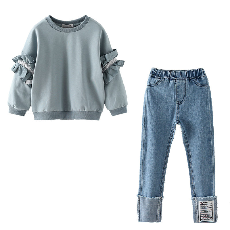 Купить с кэшбэком New Fashion Girl Casual Suit Petal Sleeve Top and Jeans Children Spring Autumn Clothing Straight Flanging Bottom Denim Trousers