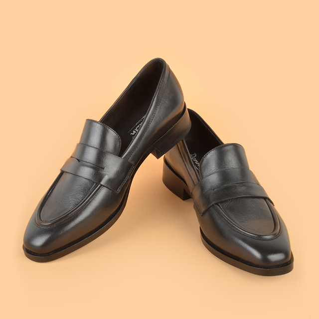 Donna in Women Genuine Calf Leather Loafers Soft Comfortable Classic Office Lady Flat Loafer Shoes Slip