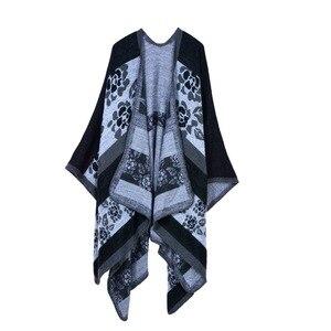 Image 2 - Manta Reversible de Invierno para mujer, suéter a cuadros, Poncho, capa, chal y chal, cárdigans gruesos, bufanda de pashmina cálida