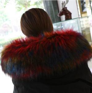 Image 3 - 秋の冬の女性のアライグマの毛皮の襟キツネの毛皮マフラースカーフ襟フェイクフード付き毛皮ケープパシュミナ