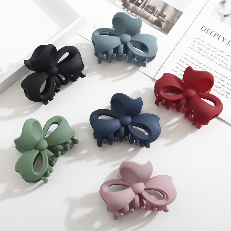 Fashion Hot Sale large Crab Simple Acrylic Hair Claw Resistance to falling for girls Women Hair Accessories