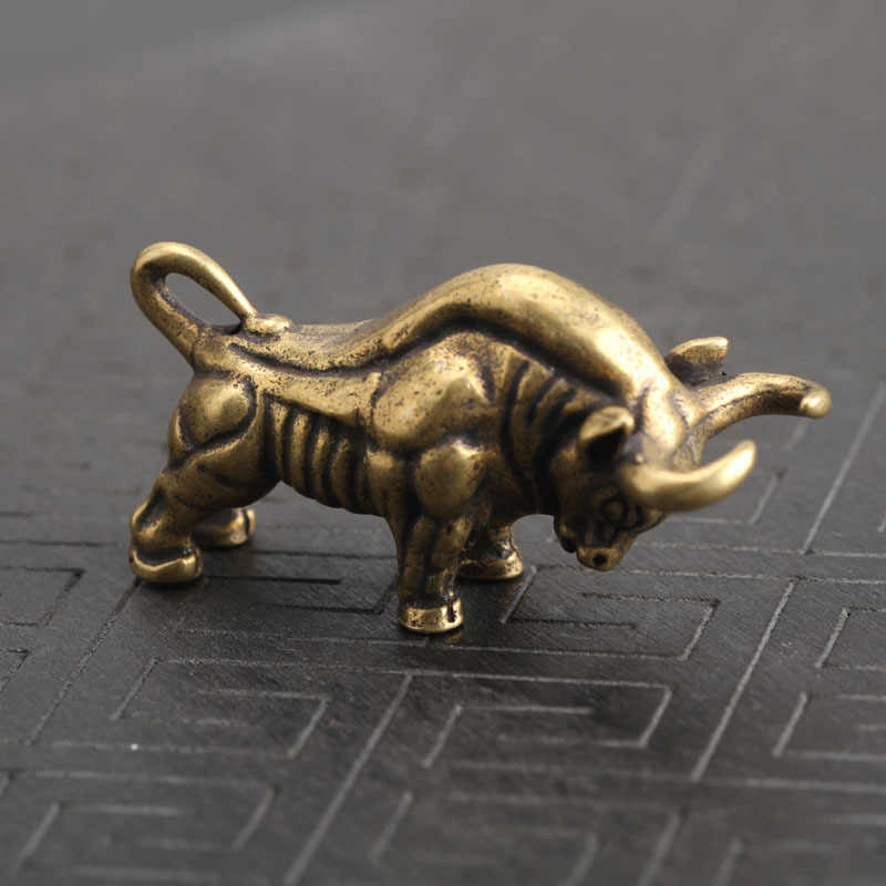 Mini Copper Bull Ornament Bullfighting Statue Miniature Desk Decoration Display