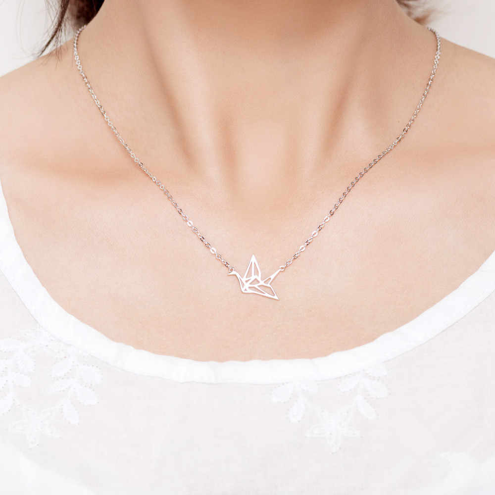 2019 New Hollow Out The Dove Pendant Necklaces Women Holiday Beach Statement Jewelry Wholesale