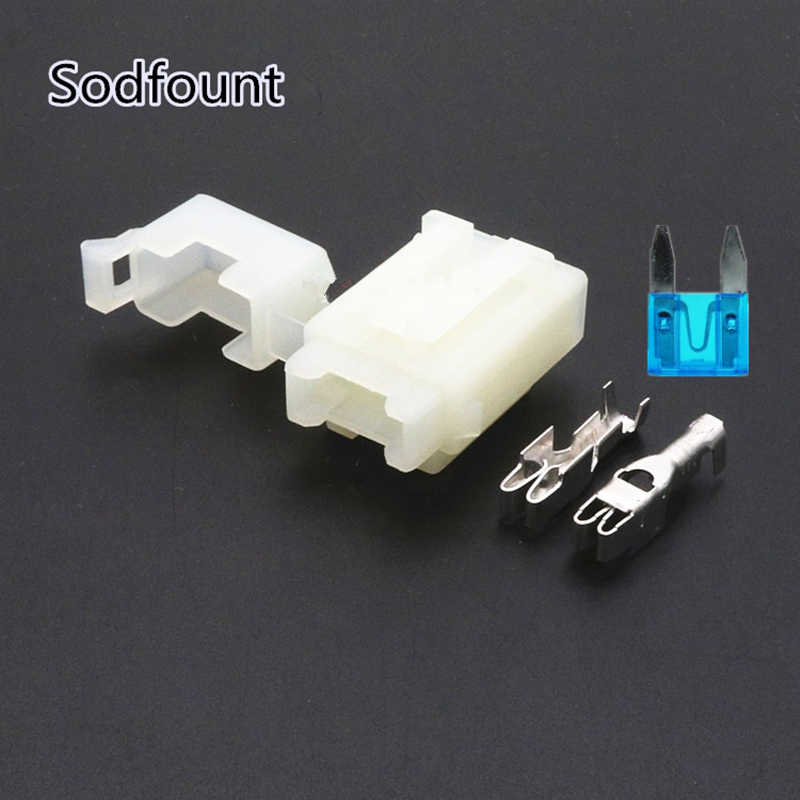5Set BX2017C Car Fuse Box with Terminal for small fuse, White Plastic  Molded Case Hernia Light Accessories|car fuse box|fuse carfuse box fuses -  AliExpresswww.aliexpress.com