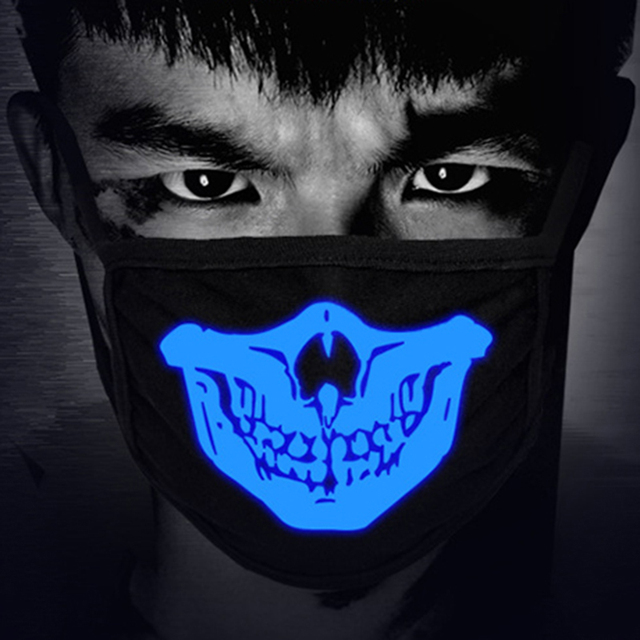 KPOP Cute Anime Bear Face Mask Fashion Masks Night Glow In Dark Halloween Masquerade Cosplay Teeth Skull Cloth Mouth Mask Winter 4