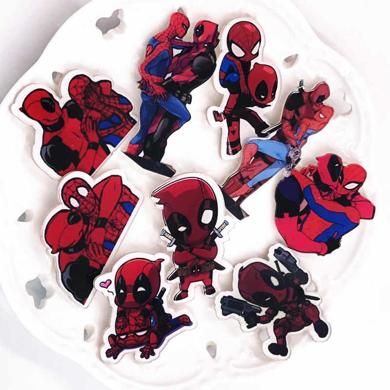 1 Pcs Anime Karakter Deadpool Spiderman Lencana Fashion Acrylic Lencana Pakaian Bros Pin Ikon Di Ransel Anak-anak Hadiah