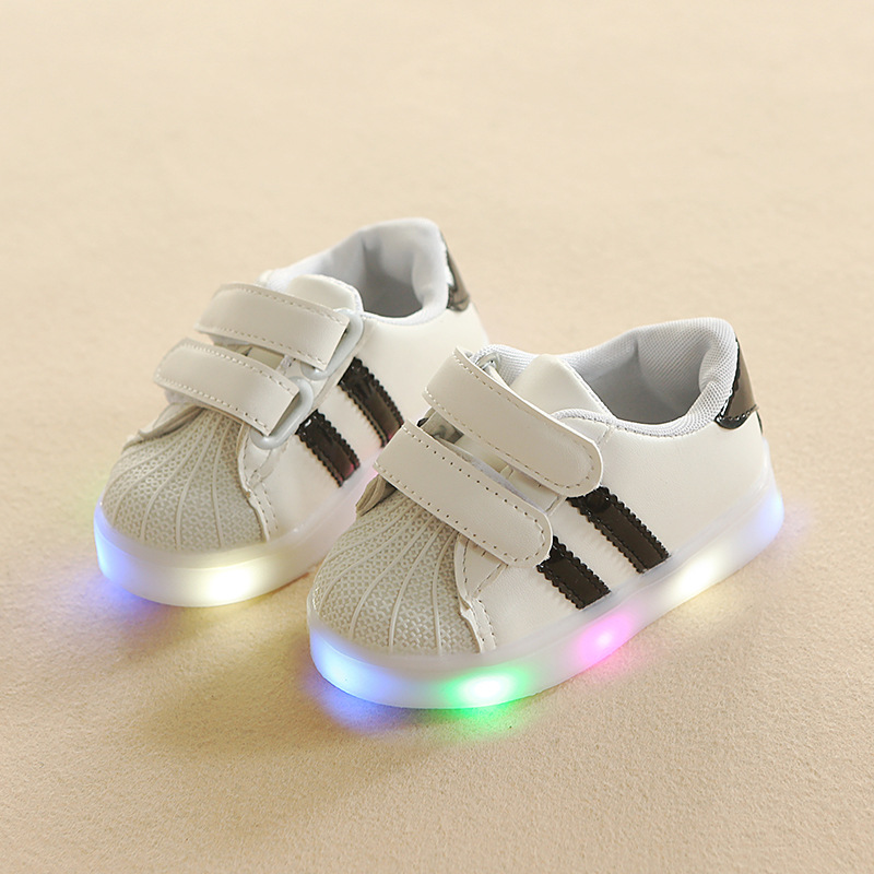 Cool 5 Stars Classic Infant Tennis Casual LED Lighted Fashion Baby Sneakers Shoes Sport Cute Baby Girls Boys Shoes First Walkers