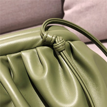 Women Simple Shoulder Bags solid color Messenger Bag Wild Fashion ladies Cloud Dumplings Package Small Square Bag Bolsa Feminina