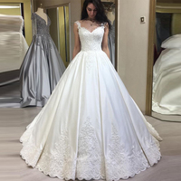 Splendid Ball Gown Wedding Dress Lace Straps V Neck White Ivory Princess Bridal Gowns Appliques Beaded Made To Measure Robe De Mariee