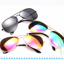 Классические модные детские солнцезащитные очки для мальчиков и девочек, винтажные градиентные солнцезащитные очки Uv400 Oculos De Sol Feminino