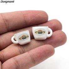 Dz1157 amigos tv mostrar orelha brincos para mulheres acrílico copo de café brincos jóias presentes da menina