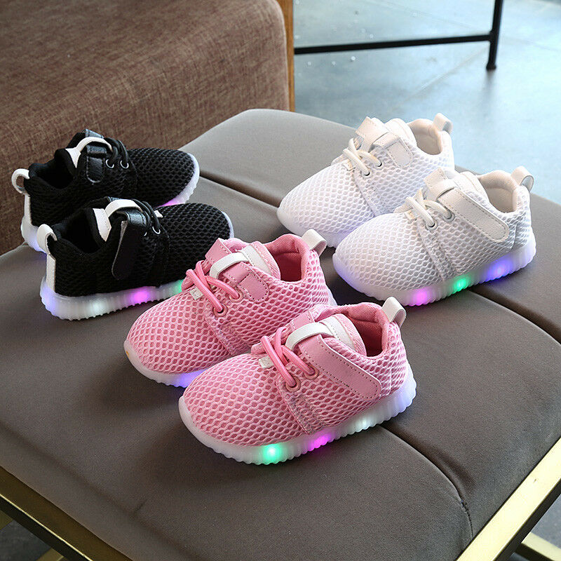Fashion LED Baby Boys Girl Shoes Kids Light Up Luminous Trainers Sport Sneakers