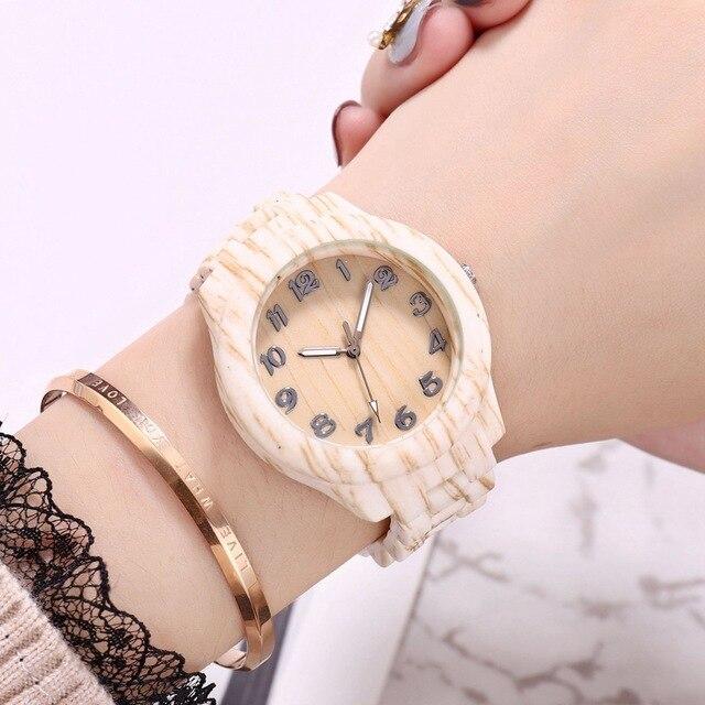 Nouveau 2020 hommes montre de créateur mode décontracté bambou Bracelet montres en bois montre hommes Quartz montres hommes pas cher montres horloge