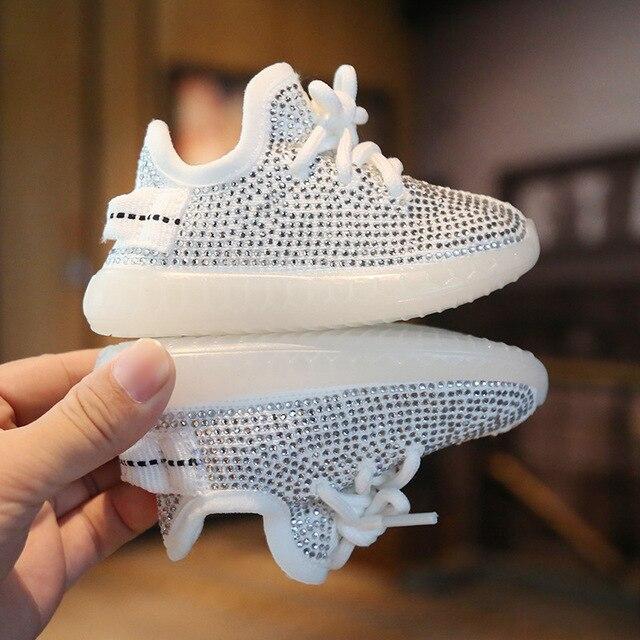 Nowe dziecięce trampki Rhinestone buty z włókna kokosowego jesień 0 2 lat chłopięce buty sportowe dziewczęce buty dla małego dziecka miękkie dno obuwie dziecięce