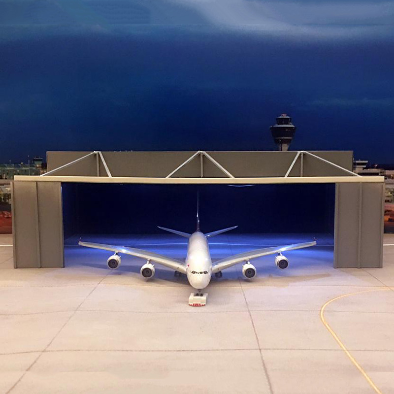 20*20CM 1:400 Scale Airplane Boeing Airbus Model Aircraft hangar House for Aircraft Plane Scene Display Toy Model image