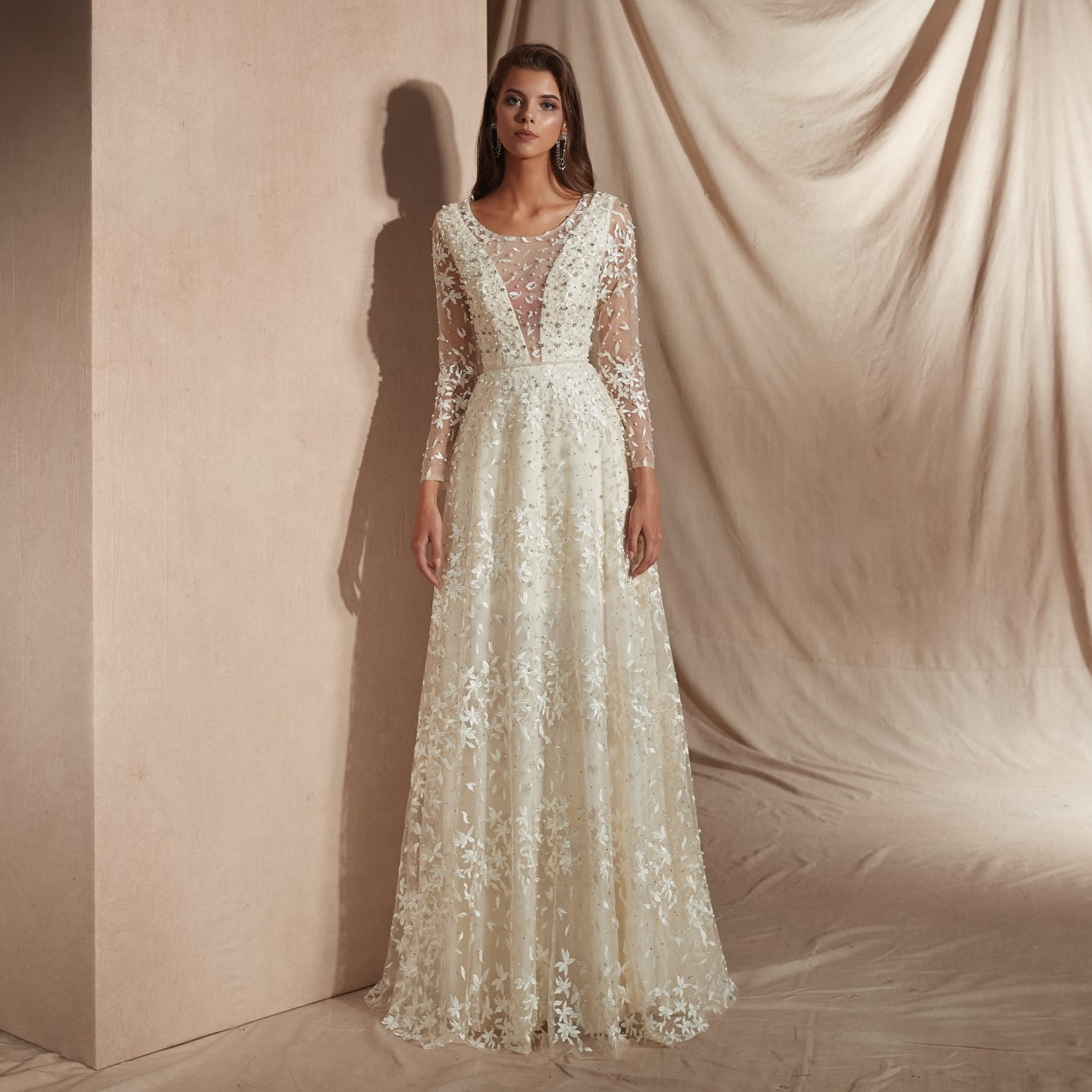 White Lace   Evening     Dresses   Long Beaded Mother Of The Bride   Dresses   Formal   Dress   Women Elegant Puffy   Dresses   Party Plus Size Gown
