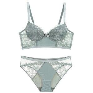 Image 3 - 2019 New Underwear Set Women Bra Push Up Brassiere Cotton Thick Black Gather Sexy Bra Panties Sets Embroidery Lace Lingerie Set