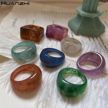 Huanzhi 2021 novo na moda colorido geometria transparente arco círculo resina padrão acrílico anéis para meninas jóias presentes