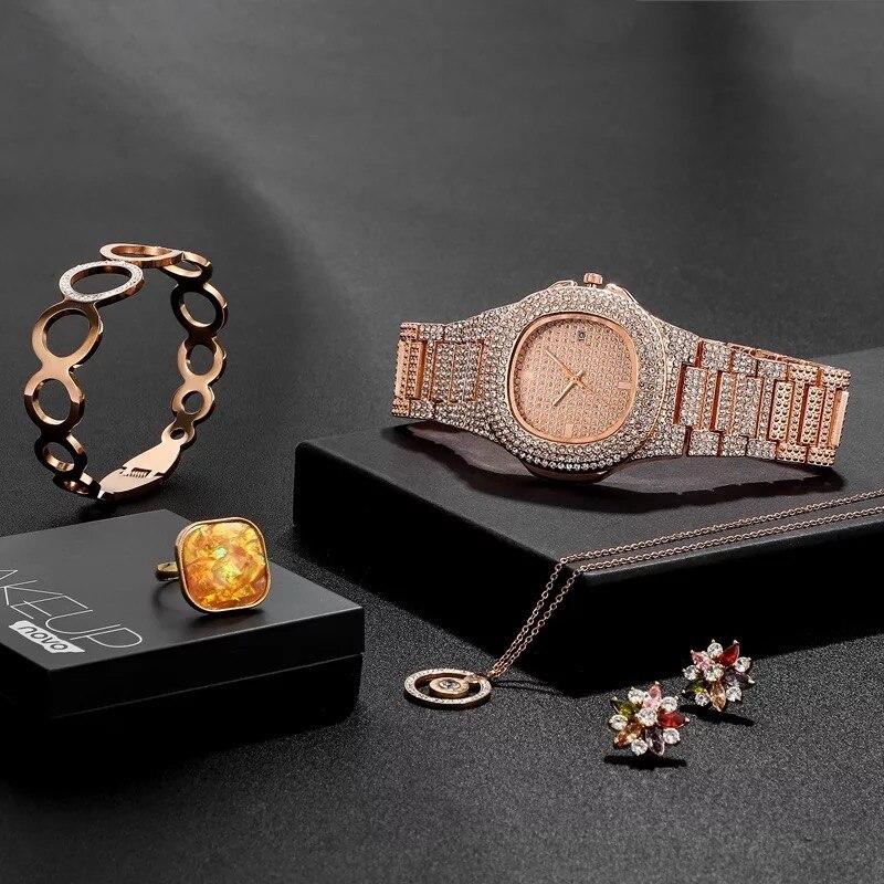 Femmes de luxe montre en or Rose collier pendentif Bracelet anneau boucles d'oreilles ensembles combinés ensemble de bijoux de mode cadeau pour les femmes Style Hip Hop