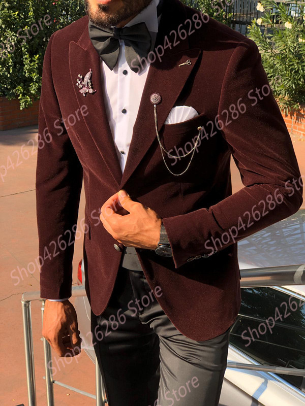 GentWith-Otis-Claret-Red-Slim-Fit-Velvet-Tuxedo-3