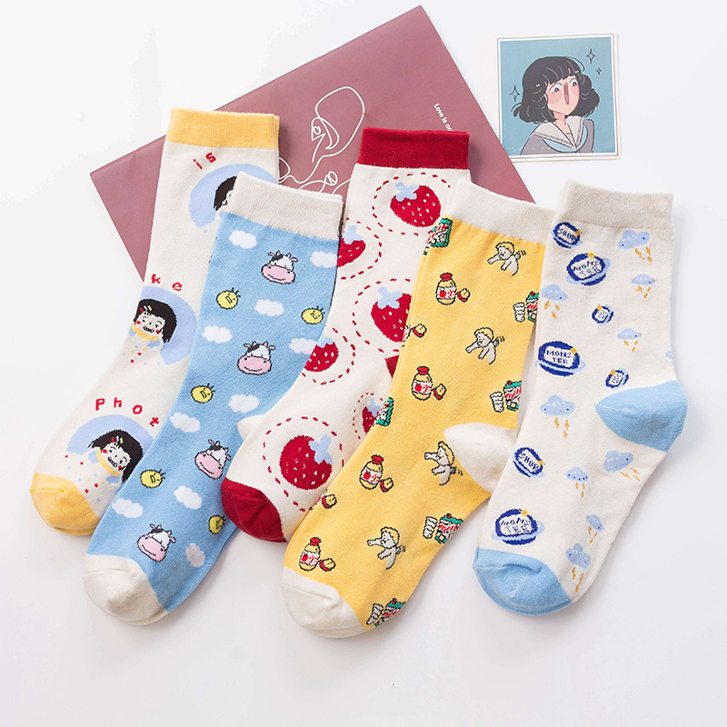 Sweet Leisure Cartoon Cartoon Cartoon Milk Strawberry Angel Cow Women Tube Socks Wholesale Cotton Socks