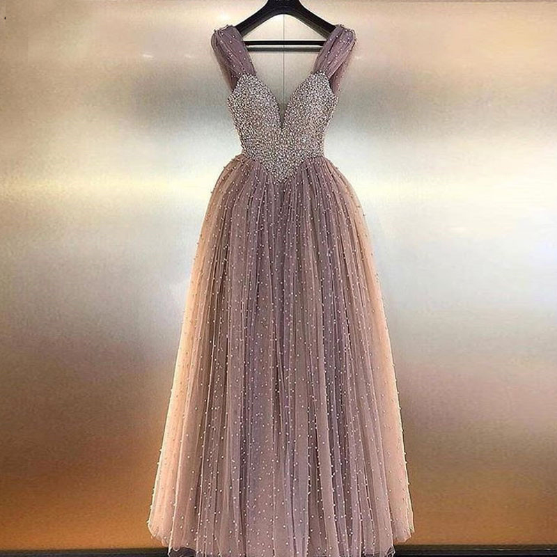 Charming Pearls Light Purple Tulle Pearls Evening Dresses Long Spaghetti Straps Evening Gowns Lace-Up Formal Evening Dresses
